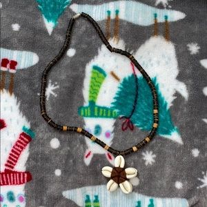 Shell Flower Wood Necklace
